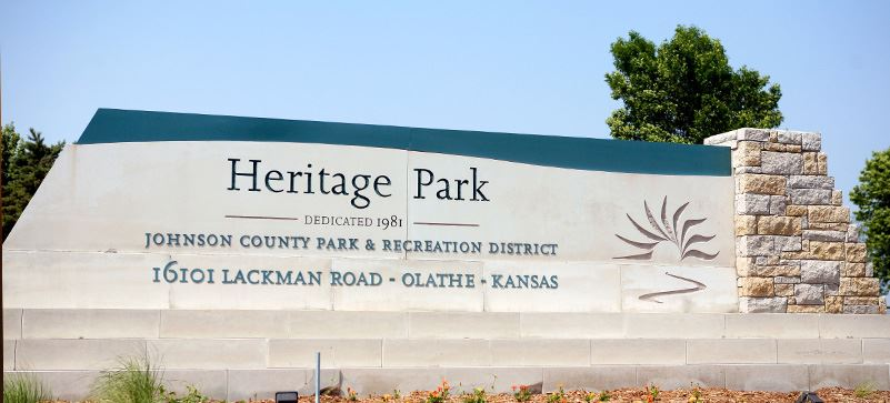 HeritgePark-EntranceSign-1200x540
